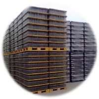 plastic pallets for empty glasses bottles storage and transfer
