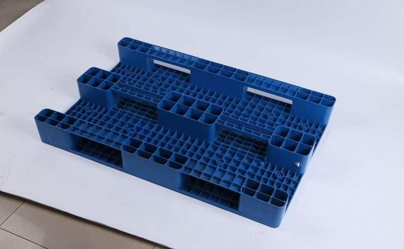Euro flat plastic pallets 80x120