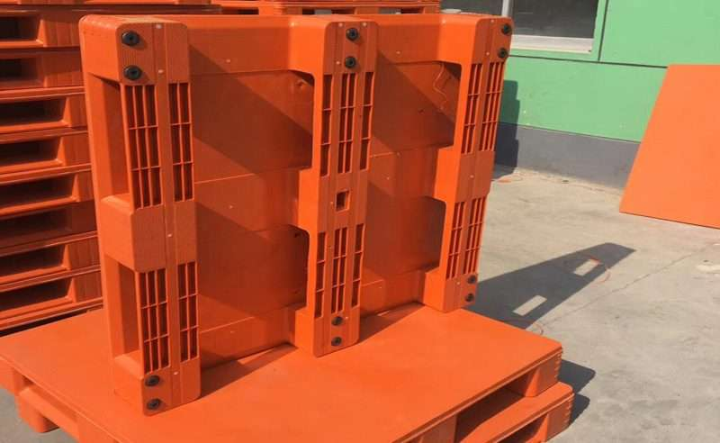 hygienic plastic pallets orange color