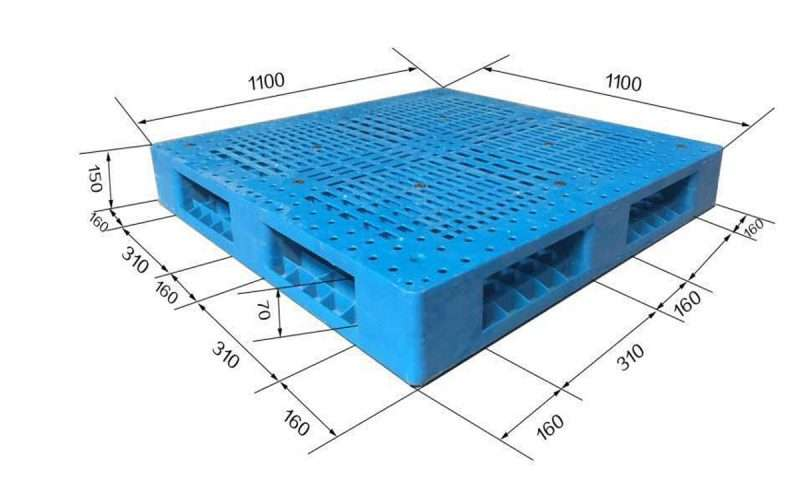 Reinforced stacking plastic pallets 1100x1100
