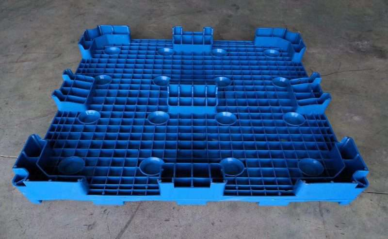5 gallons bottled water pallets plastic backside