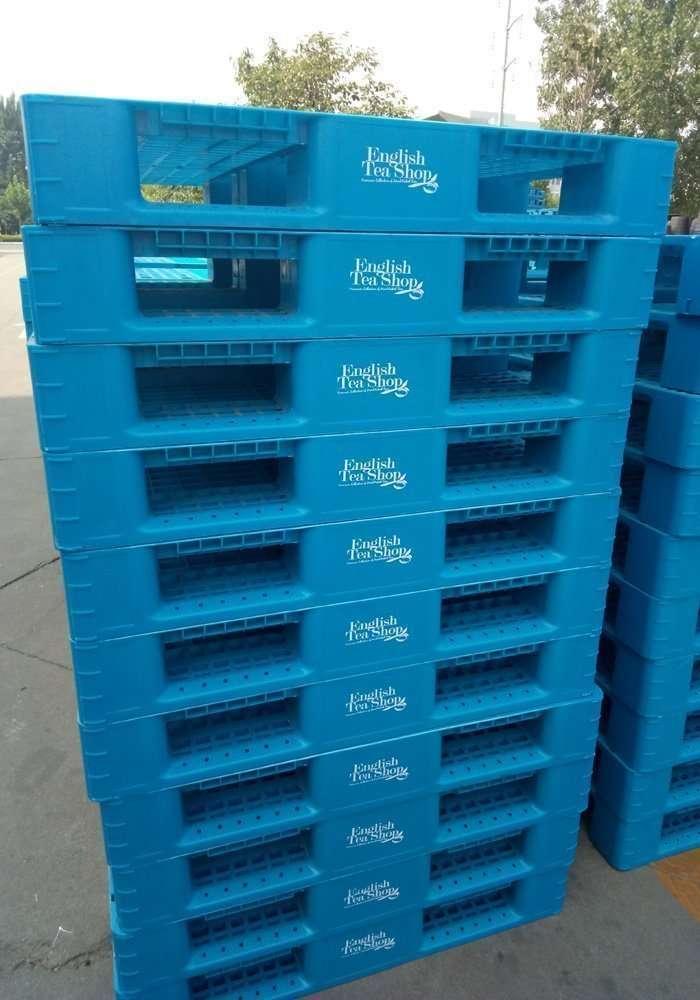 plastic pallets LOGO