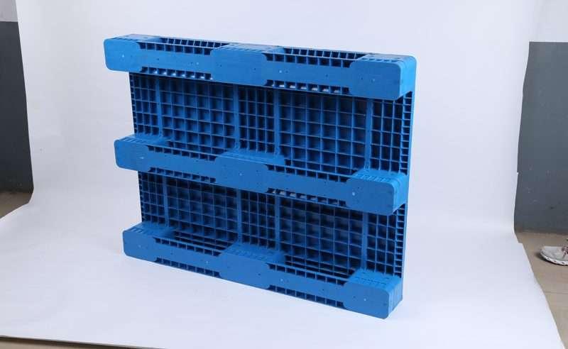 Flat Plastic pallets for shuttles rack systems