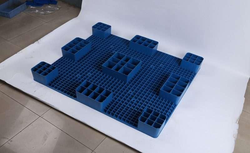 120cm x140 cm PLASTIC PALLETS