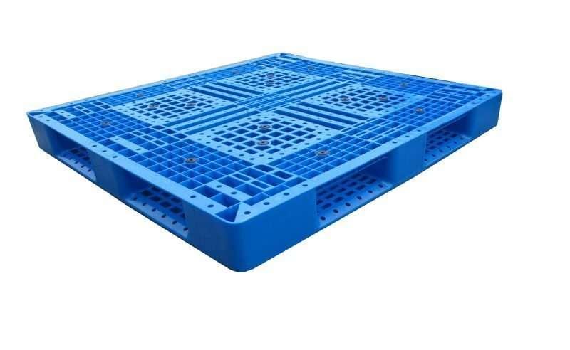 PLASTIC PALLETS 110x120