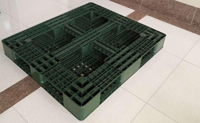 PLASTIC PALLETS LY-TW112