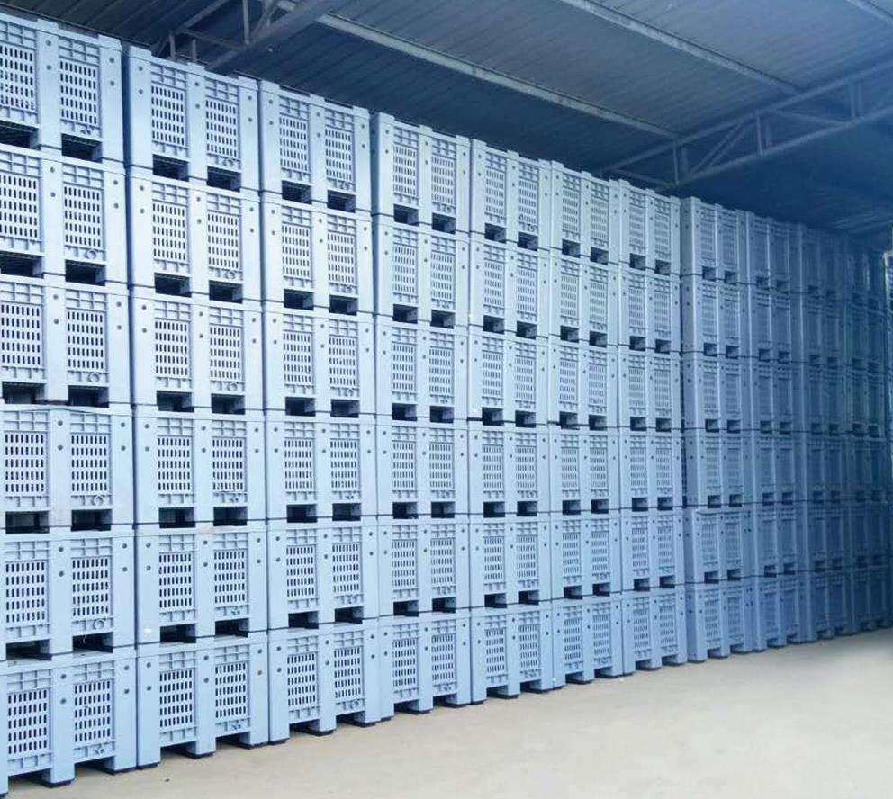 Plastic pallet boxes storage